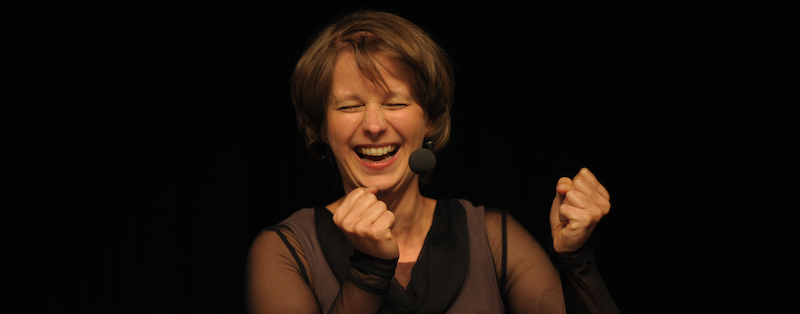 Barbara Pachl-Eberhart lacht